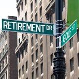 выход на пенсию гольфа подписывает улицу Стоковое Изображение RF