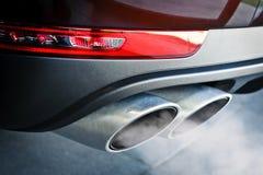 Выхлопная труба автомобиля двойная Стоковое фото RF