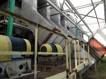 Выхлопные трубы для боилеров скрежещут с видимыми отработанными вентиляторами Стоковая Фотография RF