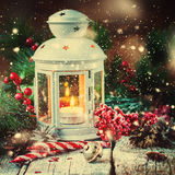 Вычерченный шарик красного цвета подарков рождества праздника снега Стоковое Изображение RF