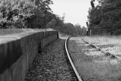 Вышедшая из употребления платформа поезда Стоковые Изображения RF