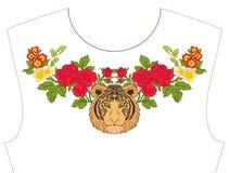 Вышивка для neckline, воротника для футболки, блузки, рубашки Patt Стоковое фото RF