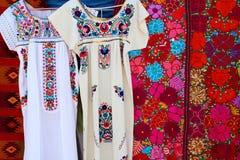 Вышивка и serape платья Chiapas майяская Стоковое фото RF