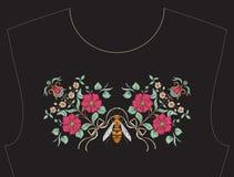 Вышивка для neckline, воротника для футболки, блузки, рубашки Стоковое Фото