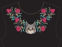 Вышивка для neckline, воротника для футболки, блузки, рубашки Стоковая Фотография RF