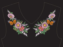 Вышивка для neckline, воротника для футболки, блузки, рубашки Стоковые Изображения