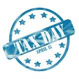 Выдержанные синью круг и звезды штемпеля 15-ое апреля дня налога бесплатная иллюстрация