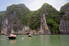 Вьетнам Залив Halong (Gulf of Tonkin) Стоковое фото RF