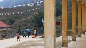 Вьетнам Школа в Sapa, гористая зона в севере Вьетнама видеоматериал