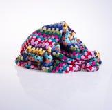 вязание крючком или одеяло вязания крючком на предпосылке Стоковое фото RF