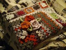 Вязание крючком одеяла handmade Стоковые Фотографии RF