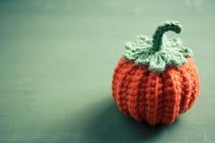 Вязание крючком хеллоуина для домашний украшать Стоковые Изображения RF