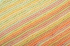 Вязать текстуры ткани свитера или шарфа большой Связанная предпосылка jersey с картиной сброса Машина руки шерстей, handmade стоковые изображения rf