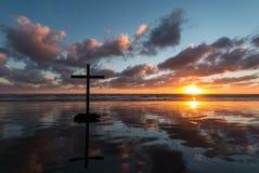Влажный крест пляжа Стоковое фото RF
