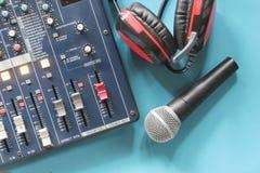 В аудиосистеме диспетчерского пункта Стоковые Изображения