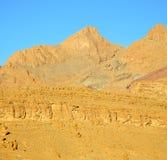 в Африке Марокко изолят сухой горы долины атласа земной Стоковое фото RF