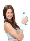 Владение женщины в питьевой воде руки Стоковые Фотографии RF