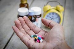 Владение руки много медицина Стоковое Фото