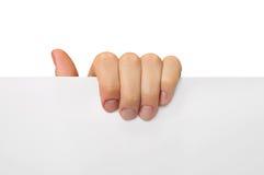 Владение руки с белой бумагой пальцев Стоковое фото RF
