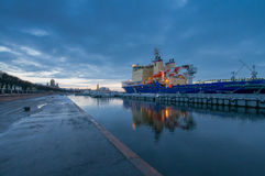 Владивосток - тепловозн-электрический проект 21900M ледокола Стоковое фото RF