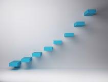 В геометрической прогрессии организованные лестницы на белой предпосылке Стоковое фото RF