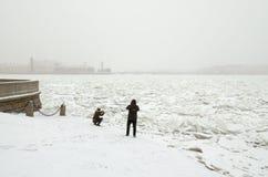В городе сезон зимы Стоковое Фото