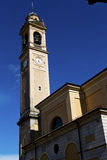 В колокола башни церков carnago дне старого абстрактного солнечном Стоковое Изображение