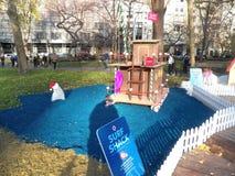 В натуральную величину дома пряника всплывающие в квадрате Madison паркуют Стоковые Изображения