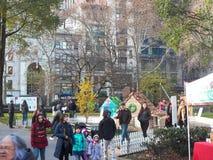 В натуральную величину дома пряника всплывающие в квадрате Madison паркуют Стоковое Фото