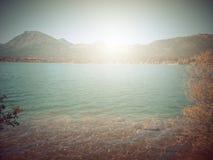 В осени Басня фантазии в парке с сценой восхода солнца стоковое изображение