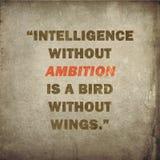 Вдохновляющая цитата на старой бумажной предпосылке Стоковая Фотография