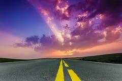 вдоль шторма дороги облаков Стоковое Изображение RF