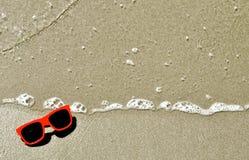 В песке - солнечных очках 13 Стоковые Фотографии RF