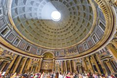 В римском пантеоне стоковые изображения rf