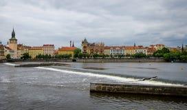 Влтава Прага взгляд городка республики cesky чехословакского krumlov средневековый старый Стоковое фото RF