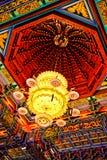 в форме Лотос китайский канделябр Стоковая Фотография