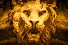 В форме Льв голова демона стоковые фото