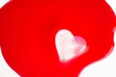 в форме Сердц кубы льда Стоковое Изображение RF
