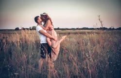 Влюбленность между молодой парой Стоковое Изображение