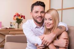 влюбленность пар счастливая Стоковые Фотографии RF