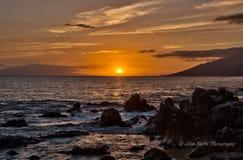 Гаваиский заход солнца на острове Мауи Стоковое Изображение RF