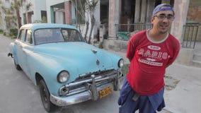 Гавана, Куба, старый американский автомобиль видеоматериал