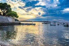 Гавань в Hvar, Хорватии на сумраке Стоковые Фото