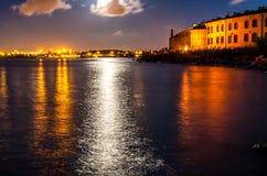 Гавань ночи с светами на Таллине Стоковое фото RF