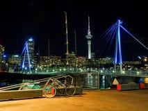 Гавань Окленда на ноче Стоковое Фото