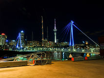 Гавань Окленда на ноче Стоковое фото RF