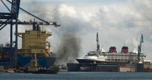 гавань промышленная Стоковые Изображения