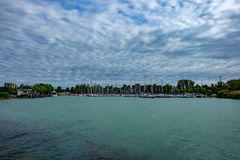 Гавань плавания на стартах летнего отпуска озера Balaton Стоковая Фотография RF