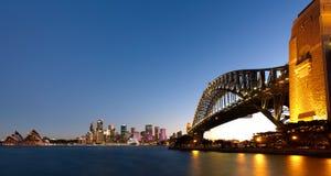 Гавань Сиднея на сумраке Стоковое Изображение