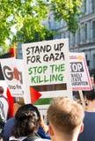 Газа: Остановите митинг протеста бойни в Уайтхолле, Лондоне, Великобритании стоковое фото rf